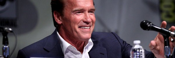 article about Arnold Schwarzenegger leaves The New Celebrity Apprentice