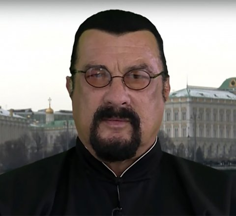 Humorous article about Great Mad TV sketches of Steven Segal before he became a Russian citizen