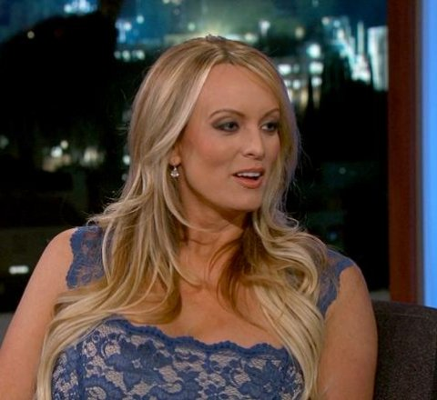 Money article about stormy daniels to pay trump the money back