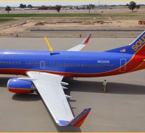 Breaking-News article about southwest airlines passengers receive $5000 and $1000 voucher