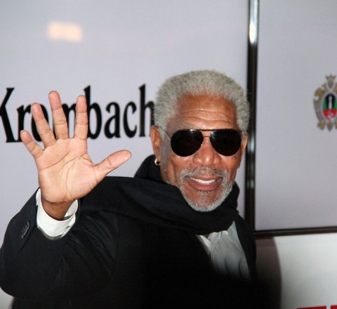 Entertainment article about in defense of morgan freeman