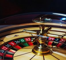 Entertainment article about Is Roulette better Online or Offline?