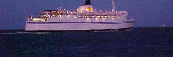 article about intimate casino cruises