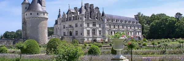 article about The Loire Valley-French castles, Glorious Countryside. What More Could One Ask For?