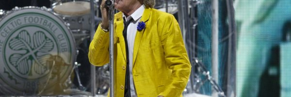 article about rod stewart sends check to kids with diabilities