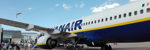 article about how does ryanair earn money