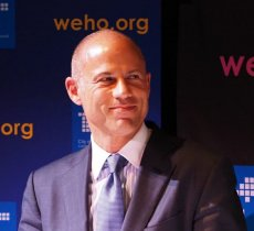 Breaking-News article about Michael Avenatti arrested for wire fraud and extortion