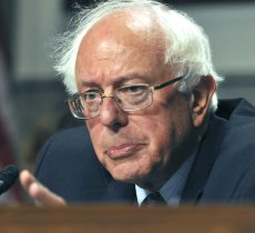 Politics article about bernie sanders releases his tax returns